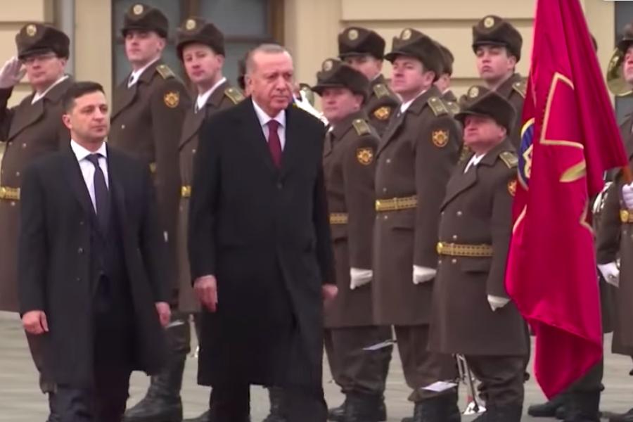 """Президент Турецької Республіки Реджеп Ердоган зі словами """"Слава Україні"""" привітав українське військо"""