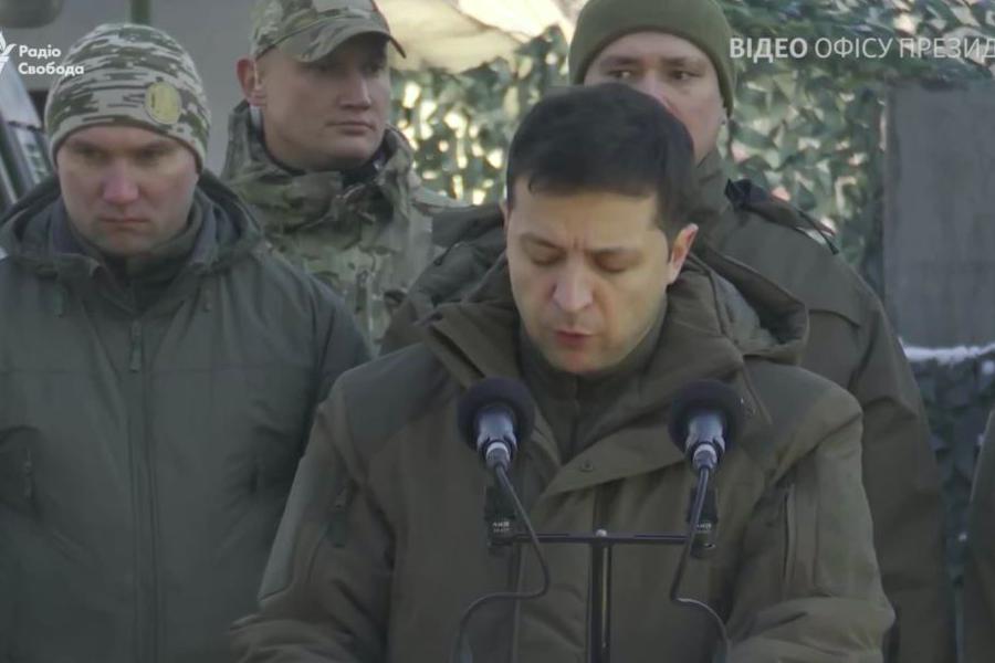 Ось, майже тільки що, найвпливовіший політик світу, Володимир Зеленський знову заявив, про амбітні плани – закінчити вiйнy на Донбасі за декілька місяців – блогер