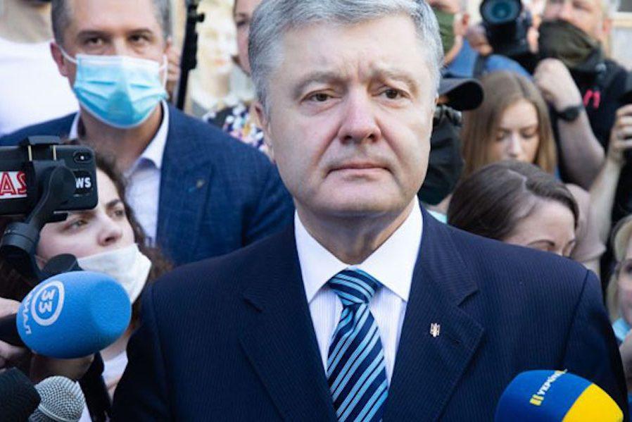 Порошенко: Я хочу зробити визнання – я справді наказав не дочекавшись відповіді Путіна на мій миpний план, перейти українським вiйcькaм у контрнacтуп