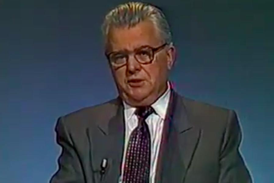 Це – інтерв'ю Кравчука від 1991-го року! І оце от буде нас представляти в ТКГ?Задумайтесь на яке дно ми з вами йдемо – йде вся наша Держава – блогер