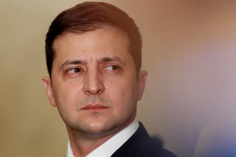 """""""Це лише питання часу"""": експерт заявив, що Зеленський достроково піде у відставку"""