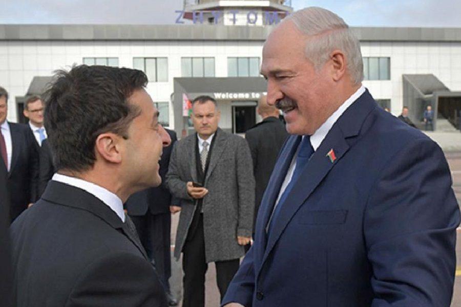 """Блогер: Зеленський до цих пір не знає, що робити з Білоруссю, бо ж треба сподобатися 73% """"збірної солянки"""", які віддали за нього свої голоси"""