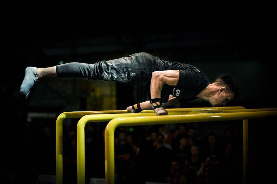 Такого в Україні ніхто ще не робив. Срібний призер Кубка світу з workout Костянтин Шаповал із Миколаєва встановив новий рекорд
