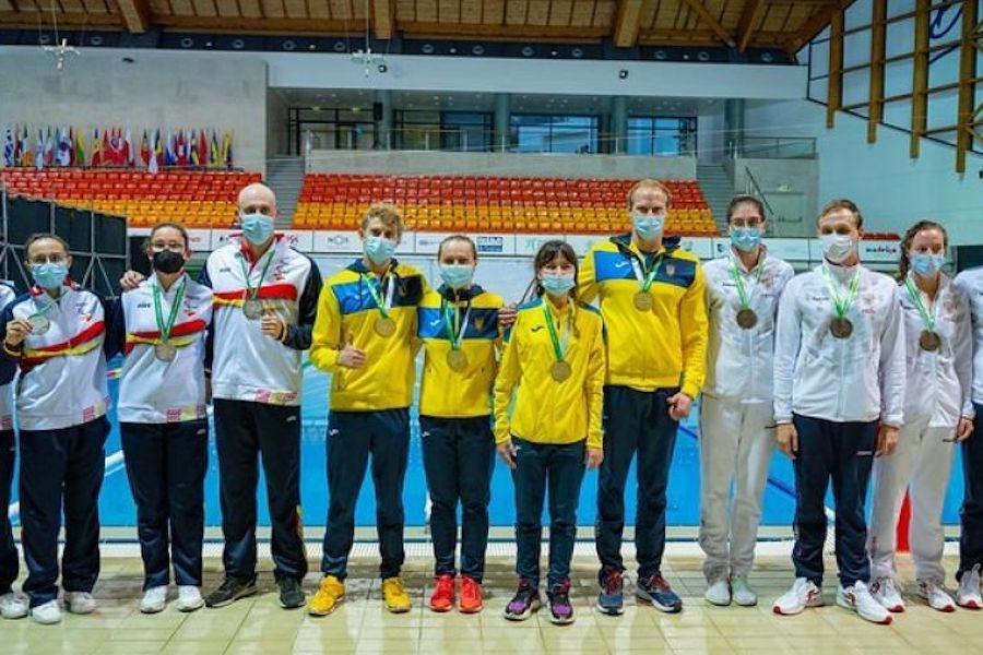 Наші спортсмени вибороли 95 медалей!!! Серед них – 37 золотих, 31 срібна та 27 бронзових нагород!!! Це вже третє поспіль чемпіонство України на чемпіонаті Європи з плавання!